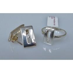 Srebrny komplet z cyrkonią - kolczyki i pierścionek